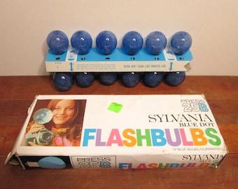Vintage Sylvania Flashbulbs Blue Dot 25B Camera Flashbulbs
