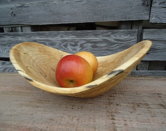 Hand carved Wood bowl - Wood bowl - Wood carving - Spalted Maple bowl - Wood sculpture - Gifts for her - Fruit bowl - Rustic wood bowl