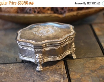 25% OFF Vintage Silver Plated Jewlery Casket with Royal Coat of Arms Lion Head Footed
