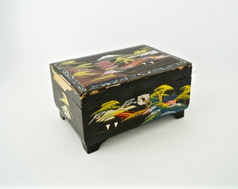 Vintage Lockable Geisha Music Jewelry Box Tattered Black Lacquer Japan Jewelry Chest