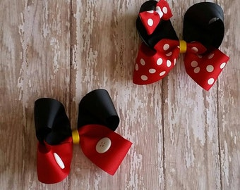 Minnie and Mickey mouse hairbow set