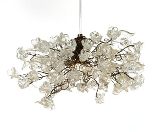 Pendant Light with Clear Krystal flowers, Ceiling light Fixtures for living rooms, kitchen island, bedroom or bathroom.
