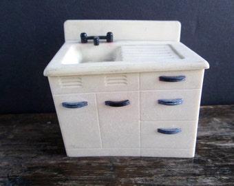 New Price Renwal Dollhouse Kitchen Sink