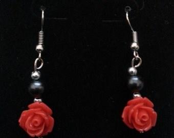Rose Earrings (black)