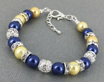 Light Yellow and Navy Bracelet, Pearl Bracelet, Bridesmaids Gift, Maid of Honor Bracelet, Junior Bridesmaid Bracelet, Navy Yellow Wedding