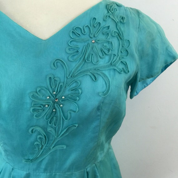 1950s dress turquoise organza UK 16 blue green sheer floral applique diamante pin up vintage wedding damage 50s cocktail prom