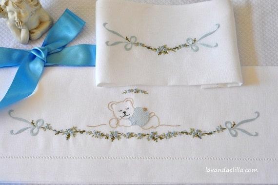 disegno colori e punti usati per lenzuolino con orsetto