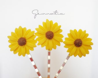 Set of 3 sunflower bobby pins, girls hair bobby pins, flower girl gift, flower girl hair accessories, sunflower hair pins, girls hair pins