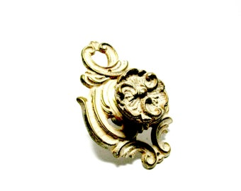French Provincial Knobs Pulls, Dresser Drawer Knobs, Cabinet Knobs, Ornate French Design Pulls or Knobs, French Country Decor, 3 Avail