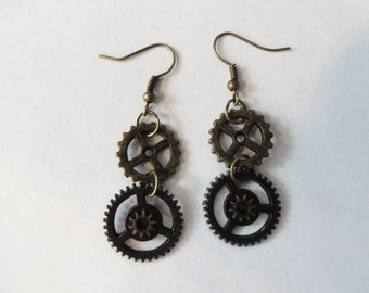 Steampunk  Earrings  Brass Gears