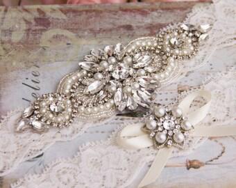 Ivory Wedding Garter set, Bridal Garter set, Ivory Lace Garter set, Rhinestone Garter, Ivory Garter, Crystal Garter set