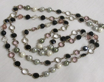 Vintage Jewelry Lariat Style Necklace of Pink Black Clear Bezel Set Stones Silvery Beads Faceted Glass Beads