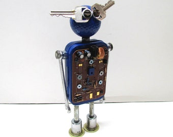 Found Objects Robot Sculpture / Assemblage Robot Figurine - One of a kind unique creation - Unique Gift