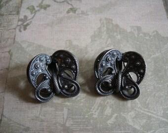 Vintage 1940s Napier Patent Pending Silver Metal Clip Earrings