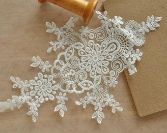 Silver Alencon Lace Applique Pair for Bridals, Veils, Gowns