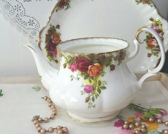 Vintage Royal Albert Old Country Roses small teapot without a lid. Replacement teapot. 1962- 1973.