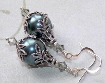 Tahitian Swarovski Pearl Earrings, Vintage Style Earrings, Drop Pearl Earrings, Victorian Style, Bridal Earrings. Wedding Jewelery
