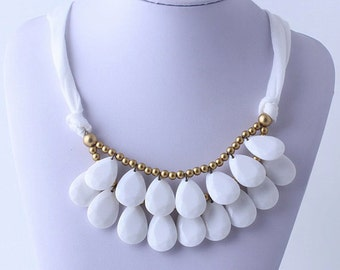 Anthropologie White Necklace, Bib Necklace, White Statement Necklace, Teardrop Necklace, Statement Necklace