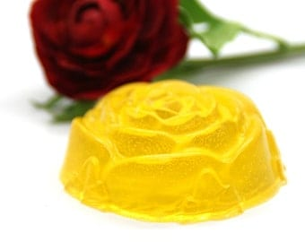Skin-Softening soap with Silk proteins