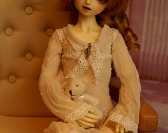 Delicate dress for MSD