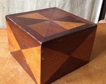 Wonderful Antique Folk Art Wood Box
