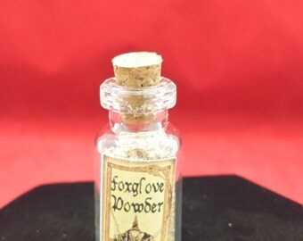 Doll House Miniature Potion Bottle FoxGlove Powder//dollhouse-mini-witch-voodoo-witchcraft-spell-pagan
