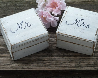 Mr Mrs Wedding Ring Box set Ring Bearer Ring Boxes Wedding Ring Boxes Wedding Ring Pillow His Hers Rustic Ring Boxes with Burlap Set of 2