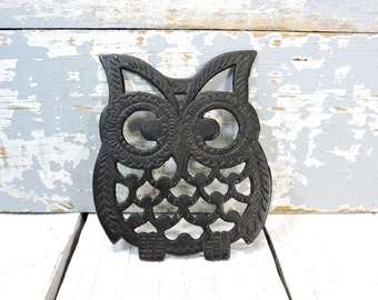 Vintage Owl Trivet: Cast Metal/Iron Pot Holder Vintage Housewares Serving