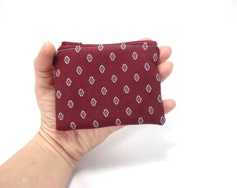 maroon zipper pouch, calico medallions, burgundy bag, card wallet, change purse, coin pouch