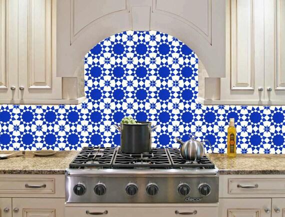 Hand geschilderde marokkaanse tegels blauw door barchilonceramics