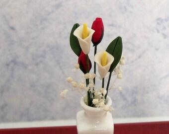 Floral Arrangement ~  Flowers in Vase ~ Dollhouse Miniature Floral Arrangement ~ Calla Lillies ~ Rose Buds ~