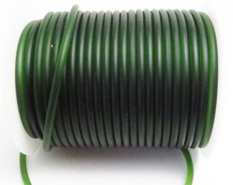 D-02821 - 1 metre syntetic Rubber Cord 3mm olive green