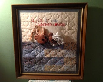 Quilters Make Warmer Lovers With Bears Wall Hanging