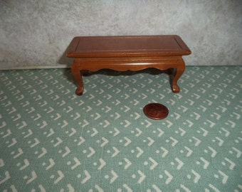 1:12 scale Dollhouse Miniature coffee table