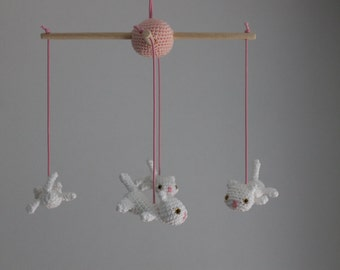 Crochet baby mobile - little white cats