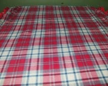 small red plaid fleece blanket, lap throw, picnic blanket, stadium blanket, sporting events, wheelchair blanket