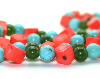 Chunky CORAL JADE TURQUOISE Strand Necklace-Vintage Estate Jewelry-Peas & Carrots! Gemstone