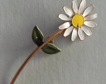 Enamel Daisy Flower Pin Vintage 60s Brooch Pinback