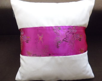fuschia and white pillows