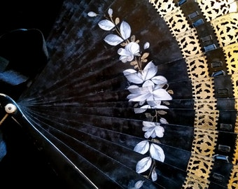 Victorian Black and Gold Painted Hand Fan