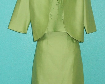 "60s Vintage ""Grossman"" Green Three-Piece Ladies Suit — Size Medium, 8-10"