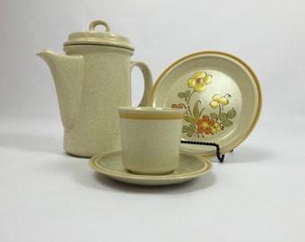 Vintage Stoneware Hearthside Garden Festival Retro Coffee Pot Stoneware