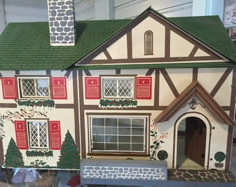 Vintage 1930's doll house cottage with furniture