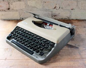 Working typewriter Julietta, 50s typewriter, mid century office, two colored