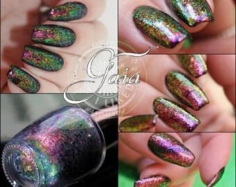 Gaia , 15 ML nail polish with miltichrome Flakies,  5free, vegan, handmade