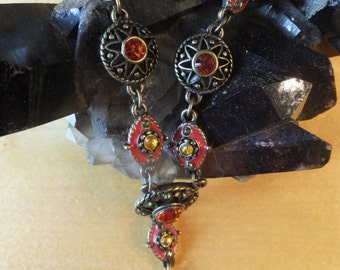 Stunning Vintage Find  Beautiful Y necklace with stunning glass beads