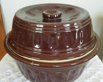 Vintage Stoneware Covered Dish - Dutch Oven