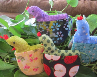 Cute little Chicken Potholder perfect for that pan/pot handle