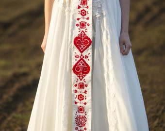 Red embroidered belt
