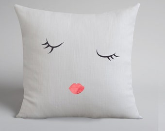 Sleepy Eyes White Linen Pillow Cover - HAND DRAWN - Decorative Pillow - Throw Pillow Cover - Natural Linen - Cushion Cover
